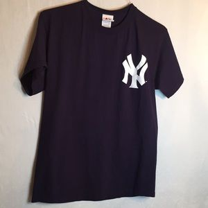 Majestic short sleeve New York Yankees Jeter shirt